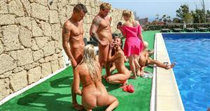 summersinners-21-02-23-wild-pool-orgy.jpg