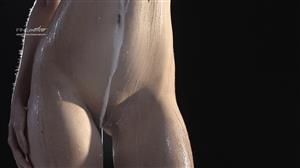 fineerotica-21-02-23-fanny-sensual-drip.jpg