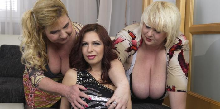 Mature.nl- Three horny sexy ladies enjoy their toyboy_s cock during group sex party