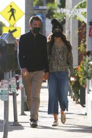 jordana-brewster-pictured-at-caffe-luxxe-in-brentwood-06.jpg