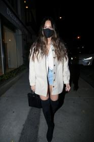 olivia-munn-night-out-style-craig-s-in-west-hollywood-02-26-2021-1.jpg