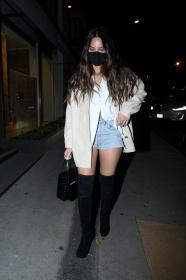 olivia-munn-night-out-style-craig-s-in-west-hollywood-02-26-2021-5.jpg