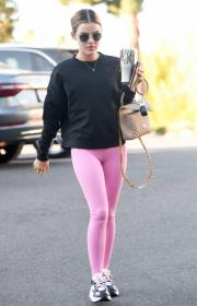 lucy-hale-in-a-pink-leggings-arrives-at-a-pilates-class-in-los-angeles-06.jpg