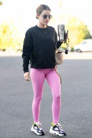 lucy-hale-in-a-pink-leggings-arrives-at-a-pilates-class-in-los-angeles-09.jpg