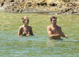 rita-ora-in-a-bikini-in-sydney-harbor-with-her-sister-26.jpg