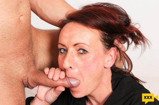 Mature Gapers - Coco Blond