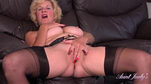 auntjudys-20-08-30-housewife-molly-elegant-jerk-off-instruction.jpg