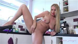 auntjudys-20-11-22-auntie-jade-kitchen-jerk-off-instruction.jpg