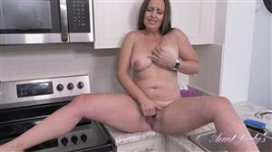 auntjudys-21-01-01-seducting-auntie-brandii-in-the-kitchen-pov.jpg