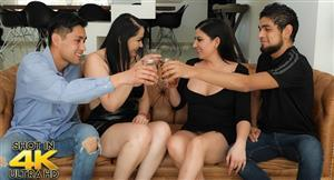 sexmex-21-02-15-pamela-rios-and-teresa-ferrer-seducing-the-mother-of-my-friend-2.jpg